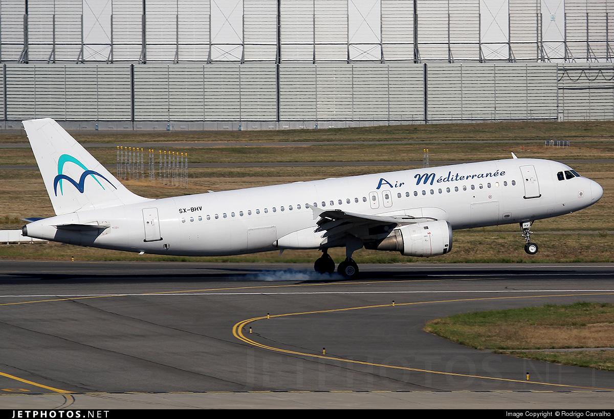 SX-BHV - Airbus A320-211 - Air Méditerranée (Hermes Airlines)
