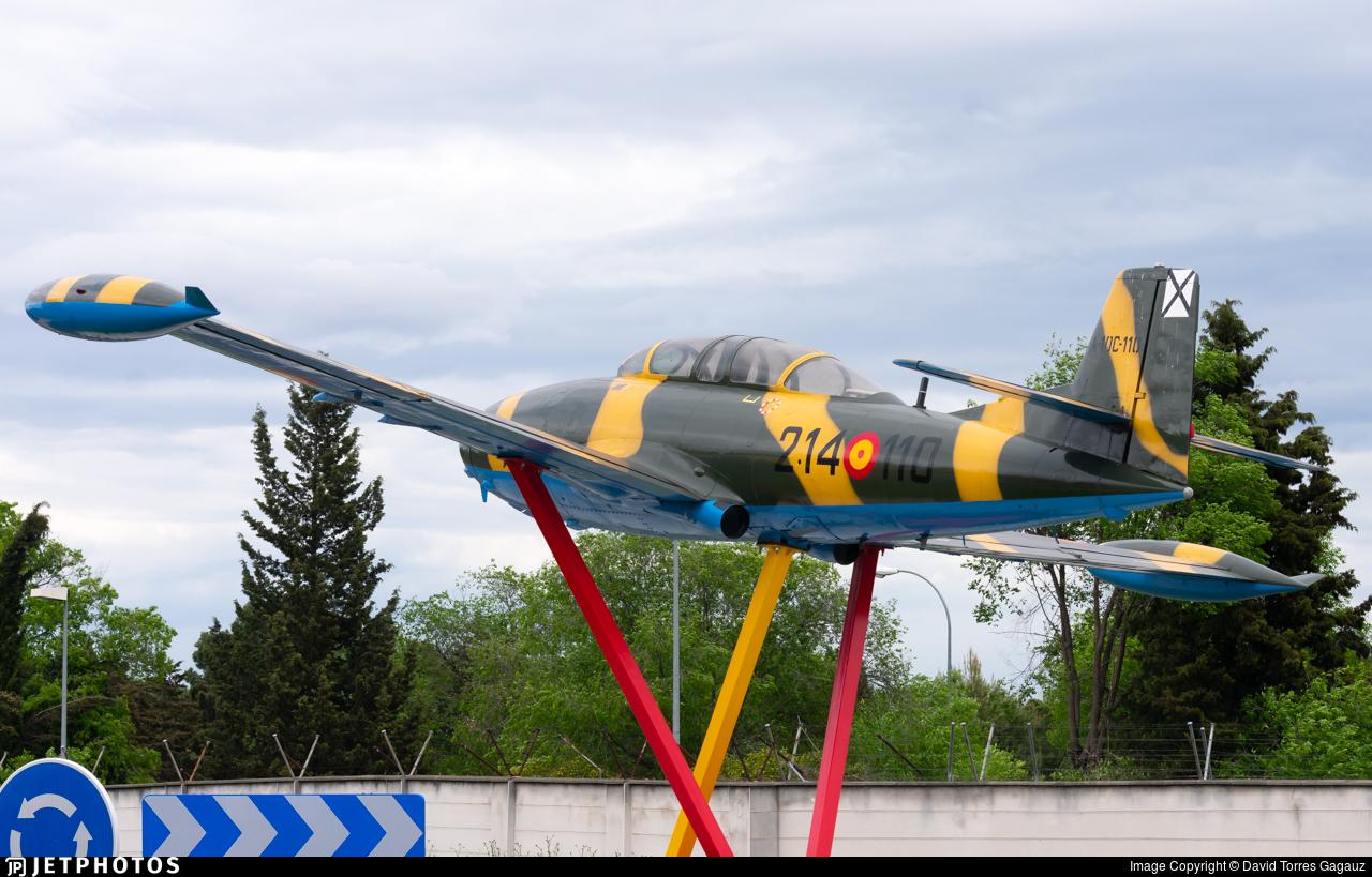 A.10-110 - Hispano HA220 Super Saeta - Spain - Air Force