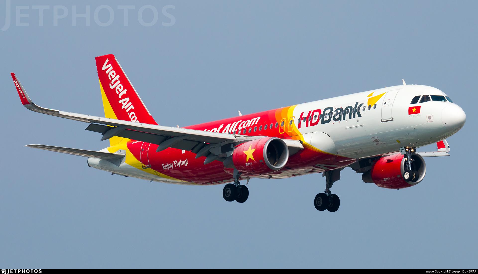 VN-A671 - Airbus A320-214 - VietJet Air