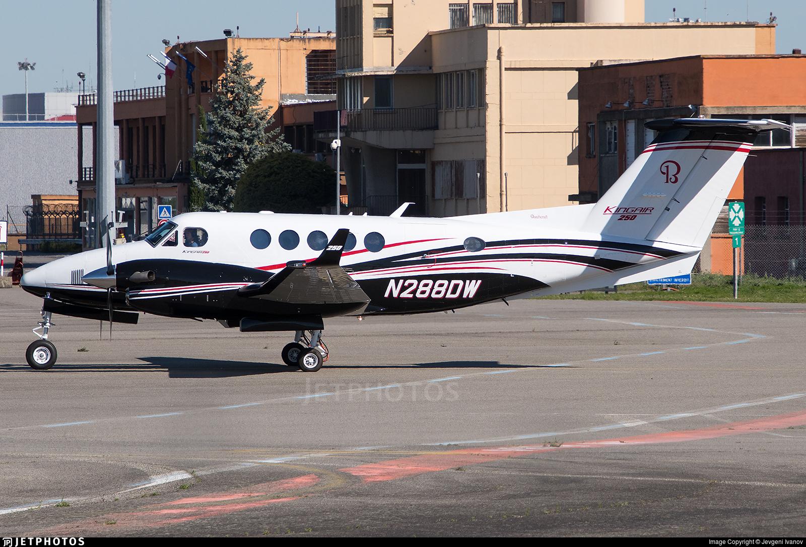 N288DW   Beechcraft 250 King Air   Textron Aviation   Jevgeni Ivanov
