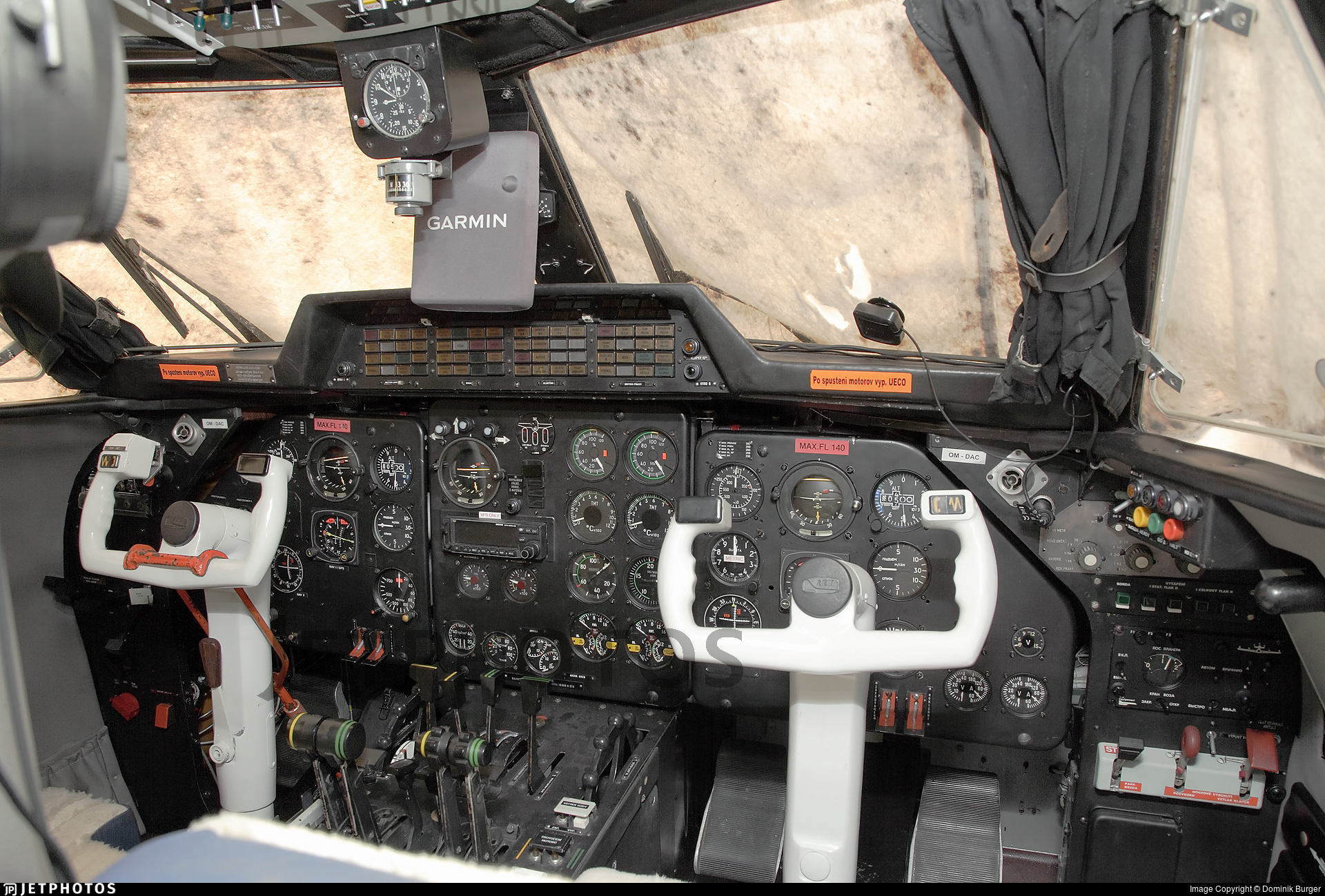 OM-DAC - Let L-410UVP Turbolet - Private