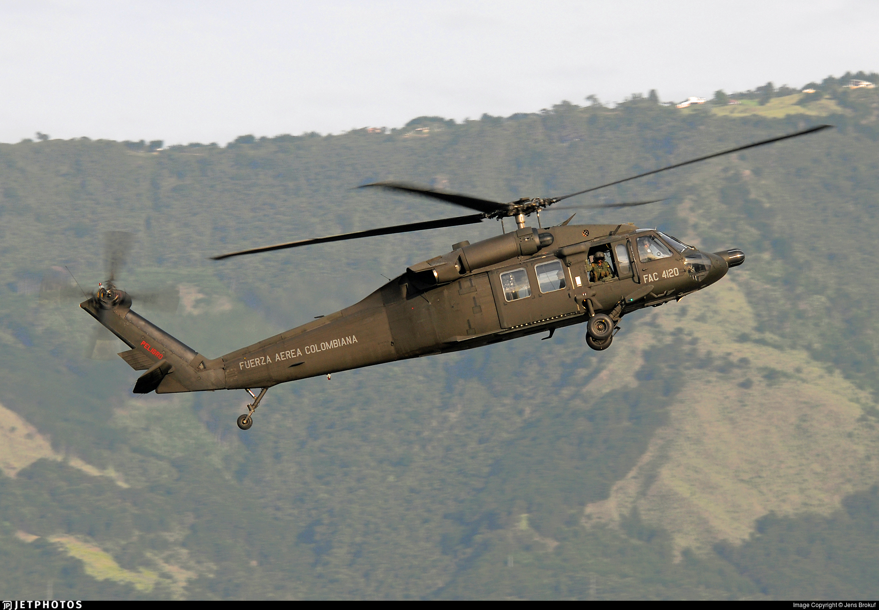 FAC4120 - Sikorsky UH-60L Blackhawk - Colombia - Air Force