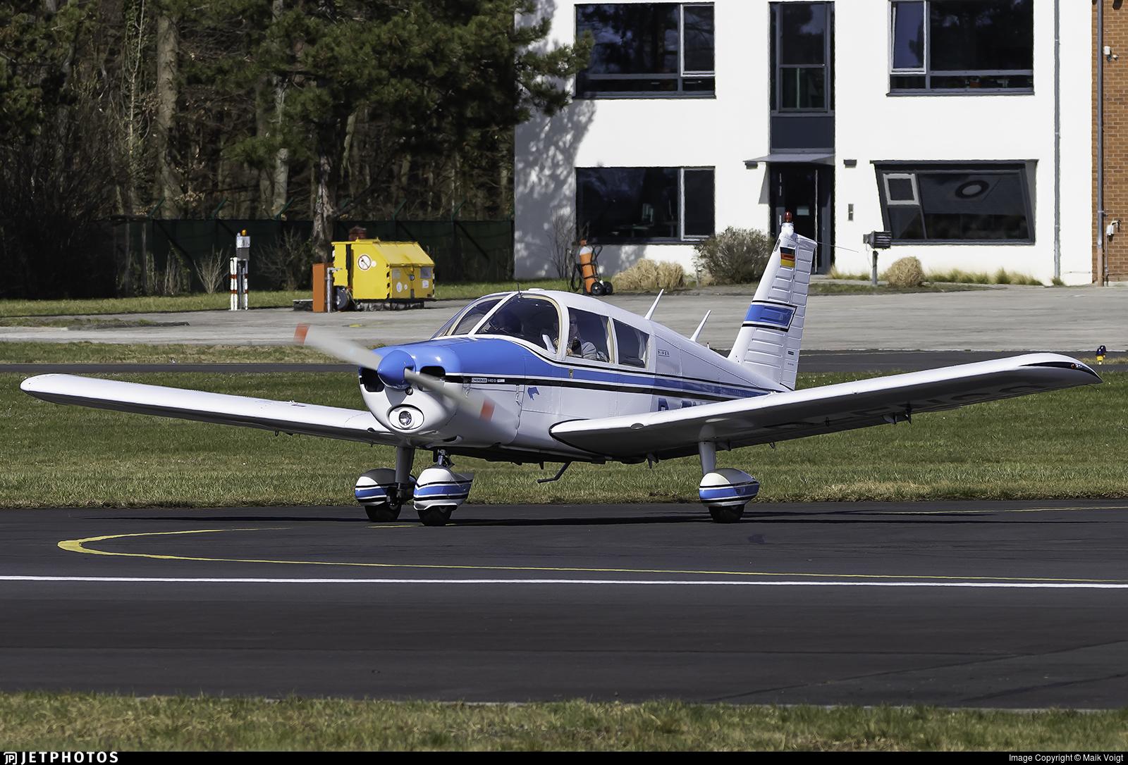 D-ENCO - Piper PA-28-140 Cherokee D - Private