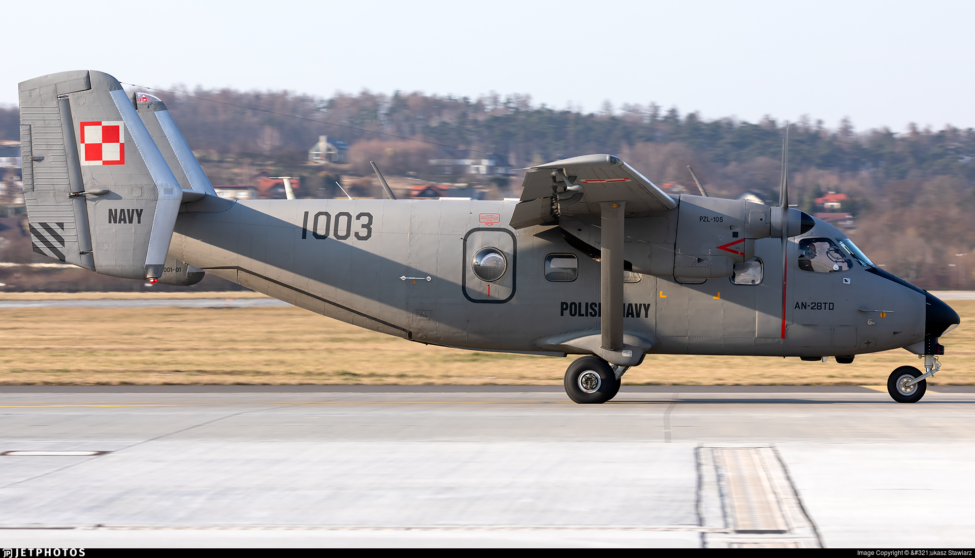 1003 - Antonov An-28TD - Poland - Navy