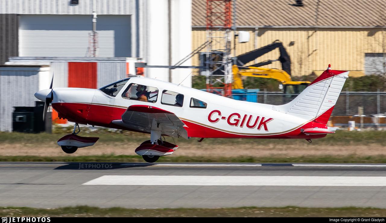 C-GIUK - Piper PA-28-181 Archer II - Abbotsford Flying Club