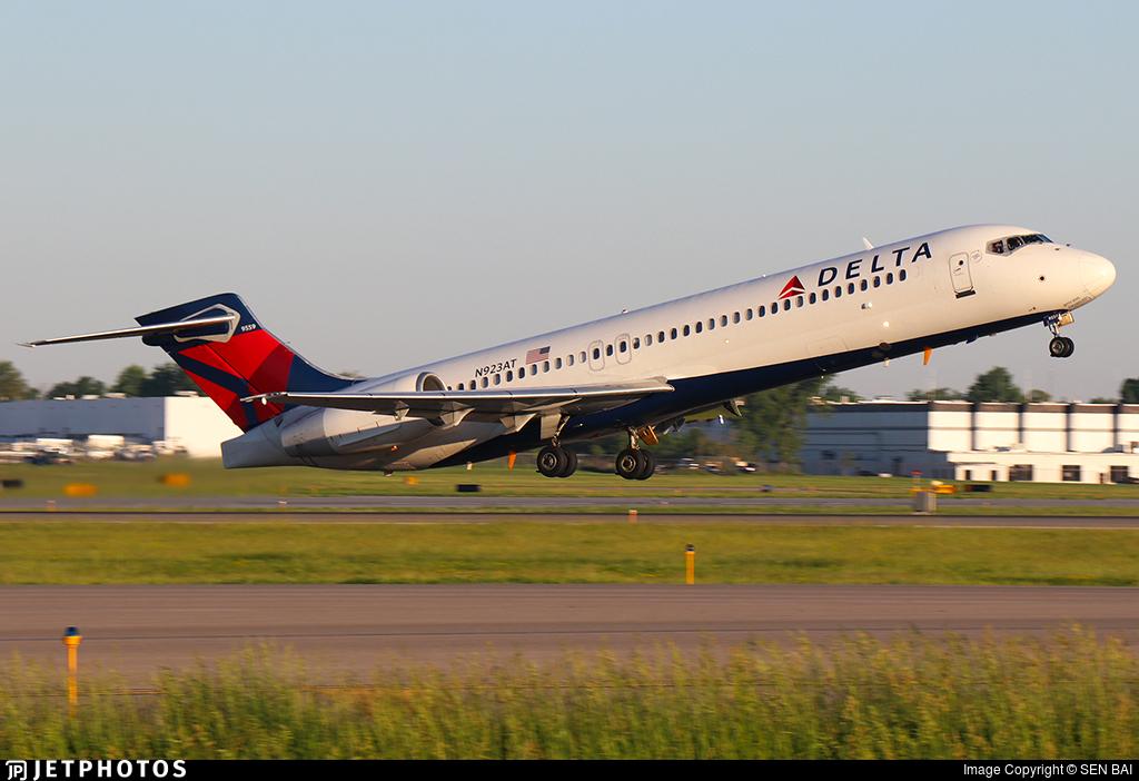 N923AT - Boeing 717-2BD - Delta Air Lines