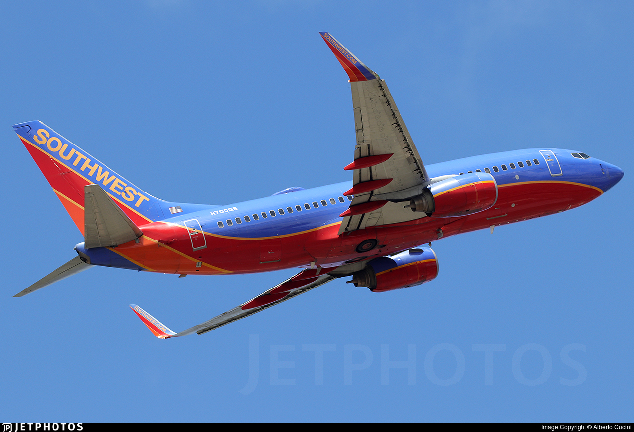 N700GS - Boeing 737-7H4 - Southwest Airlines