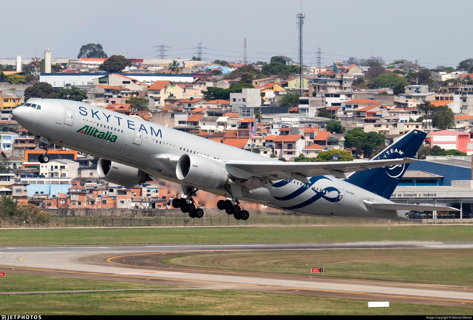 EI-DDH - Boeing 777-243(ER) - Alitalia