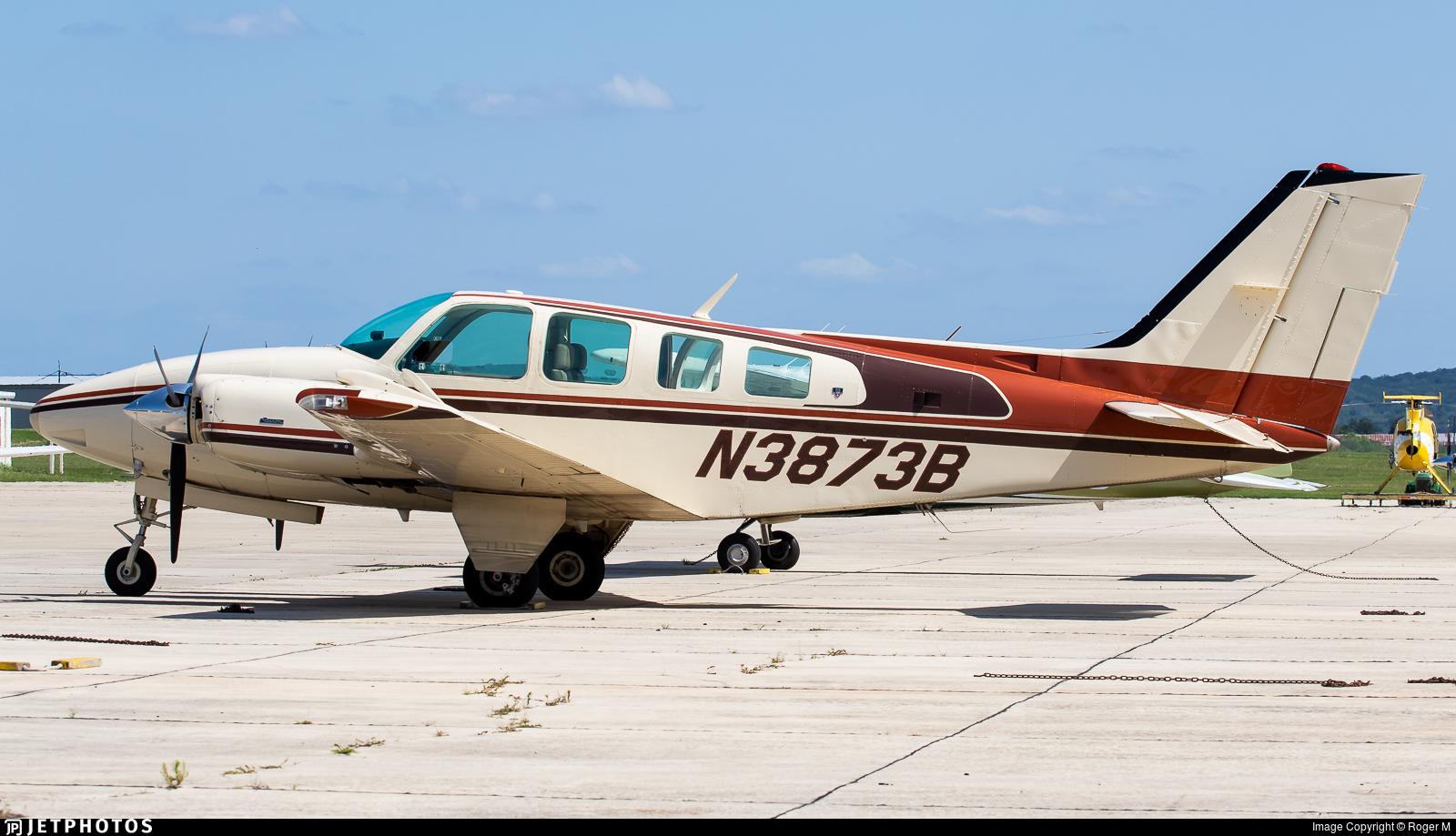 N3873B - Beechcraft 58 Baron - Private