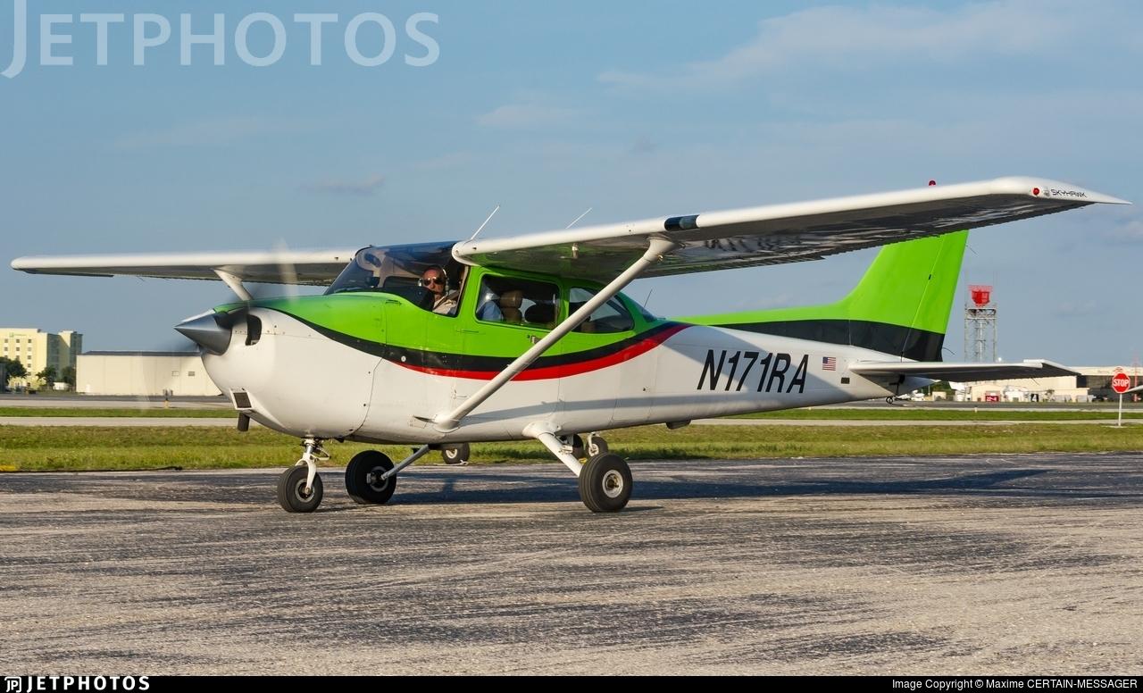 N171RA - Cessna 172S Skyhawk - Cirrus Aviation