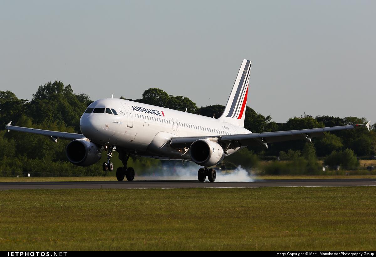 F gkxm airbus a320 214 air france matt jetphotos for Airbus a320 air france interieur