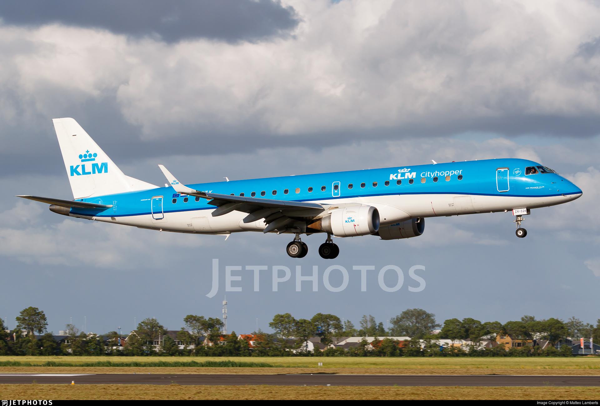 PH-EZK - Embraer 190-100STD - KLM Cityhopper