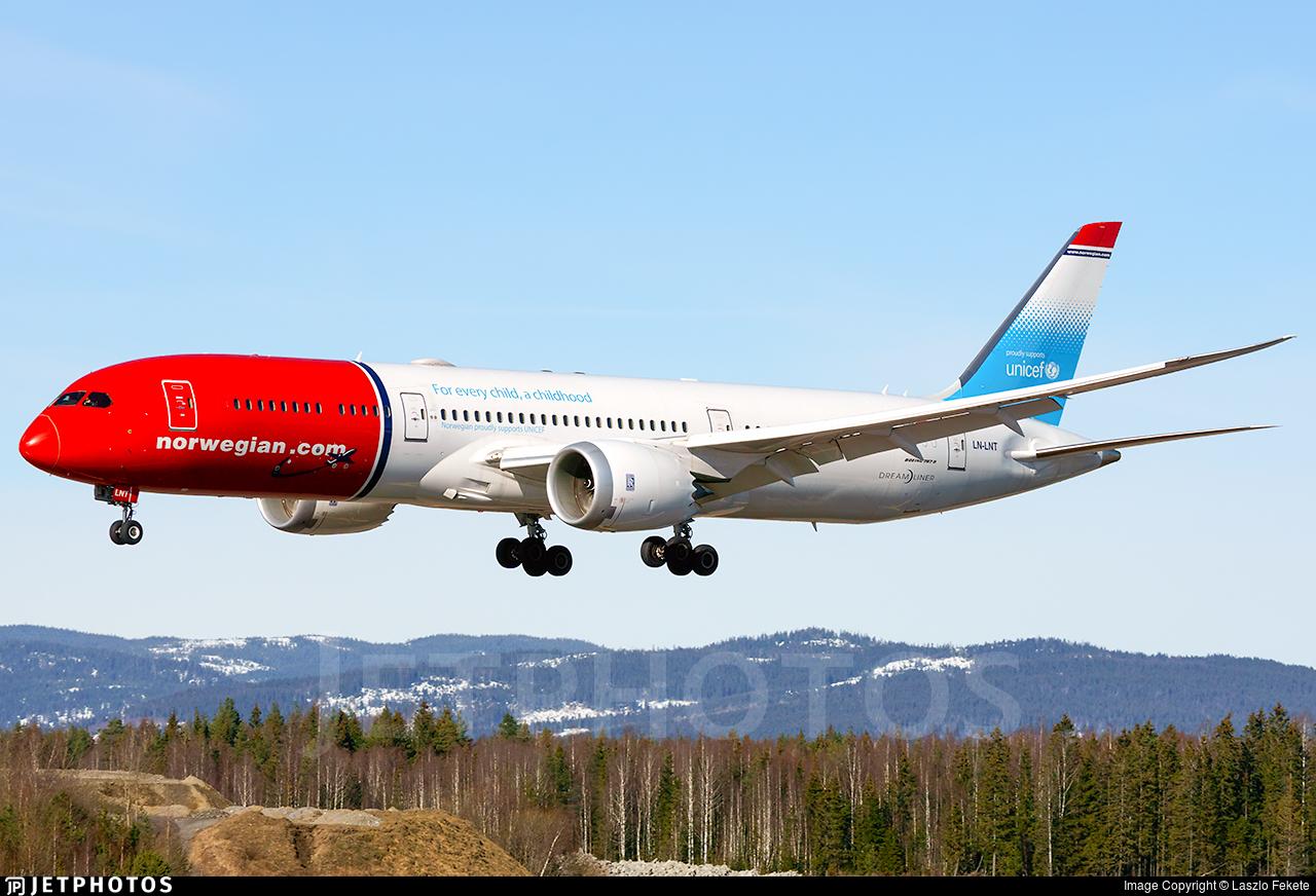 LN-LNT - Boeing 787-9 Dreamliner - Norwegian