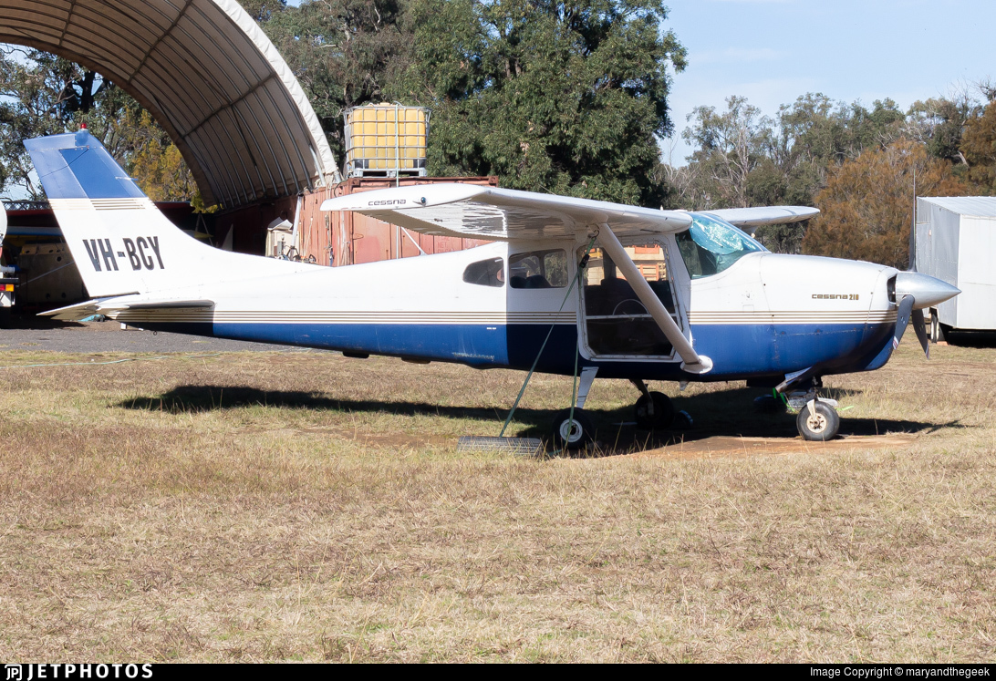 VH-BCY - Cessna 210A Centurion  - Private