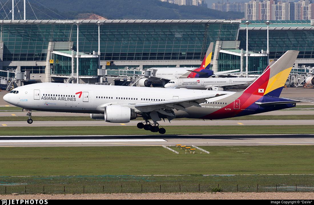 HL7791 - Boeing 777-28E(ER) - Asiana Airlines