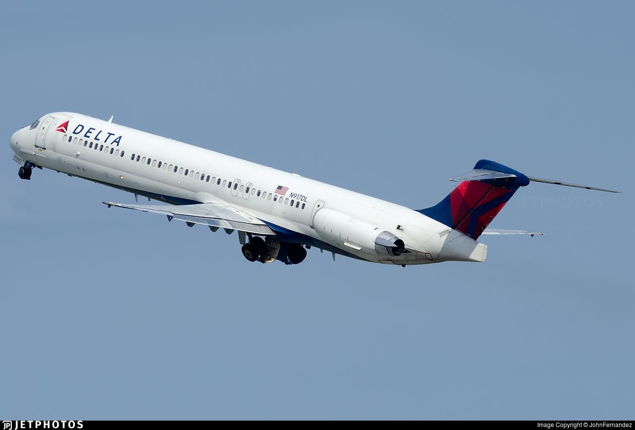 N917DL - McDonnell Douglas MD-88 - Delta Air Lines