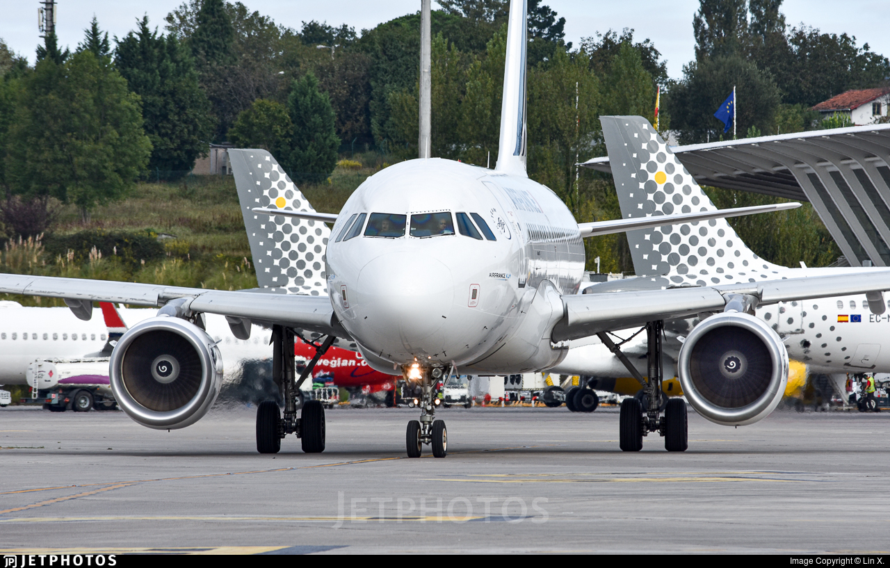 F-GUGK - Airbus A318-111 - Air France
