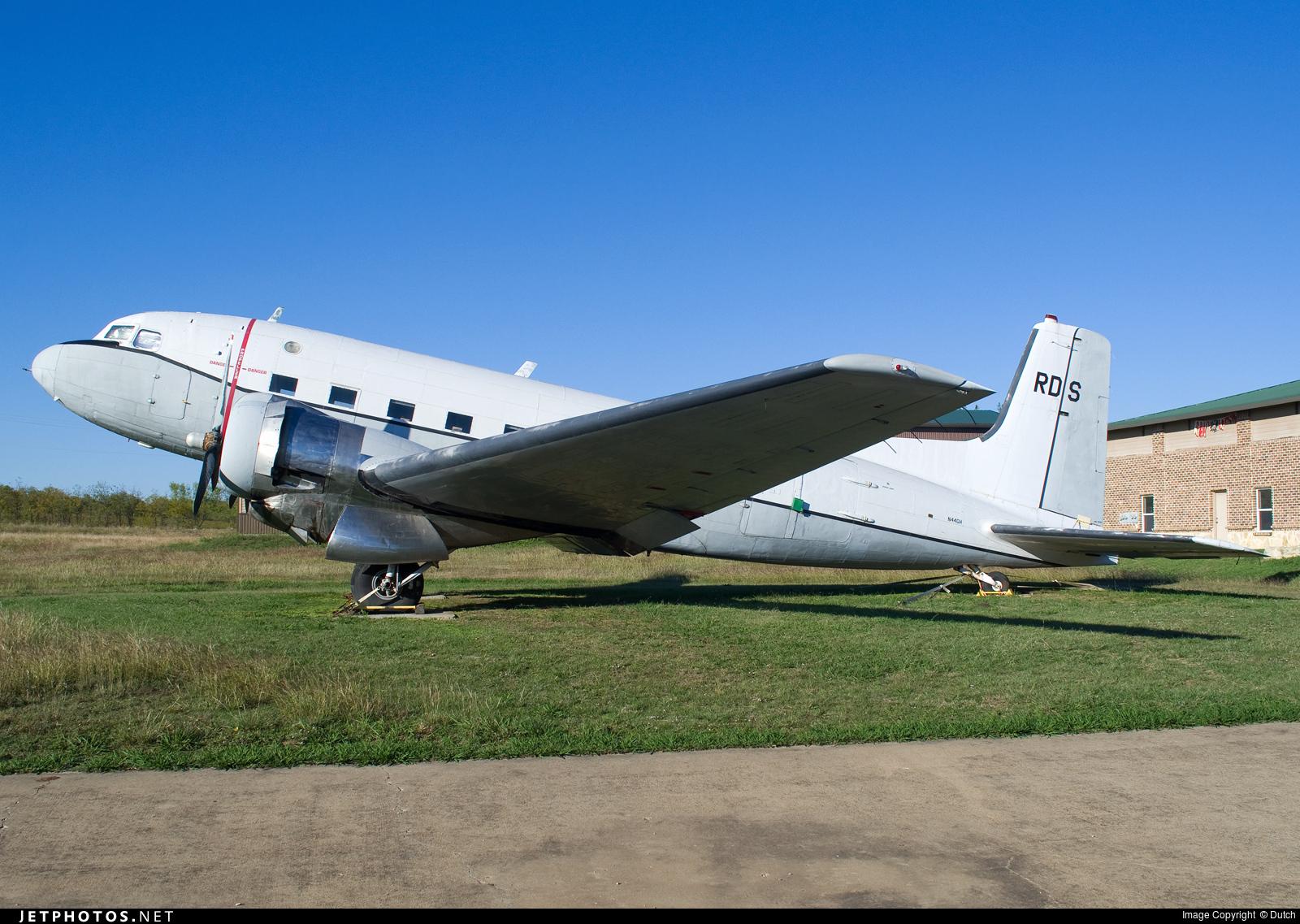 N44GH - Douglas C-117D Skytrooper - Private