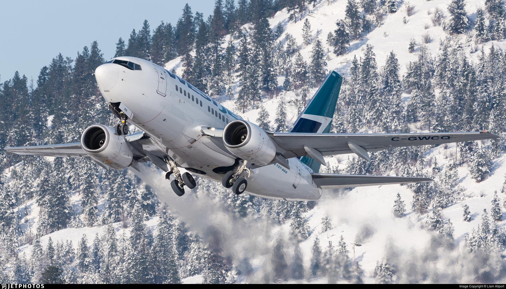 C-GWCQ - Boeing 737-6CT - WestJet Airlines