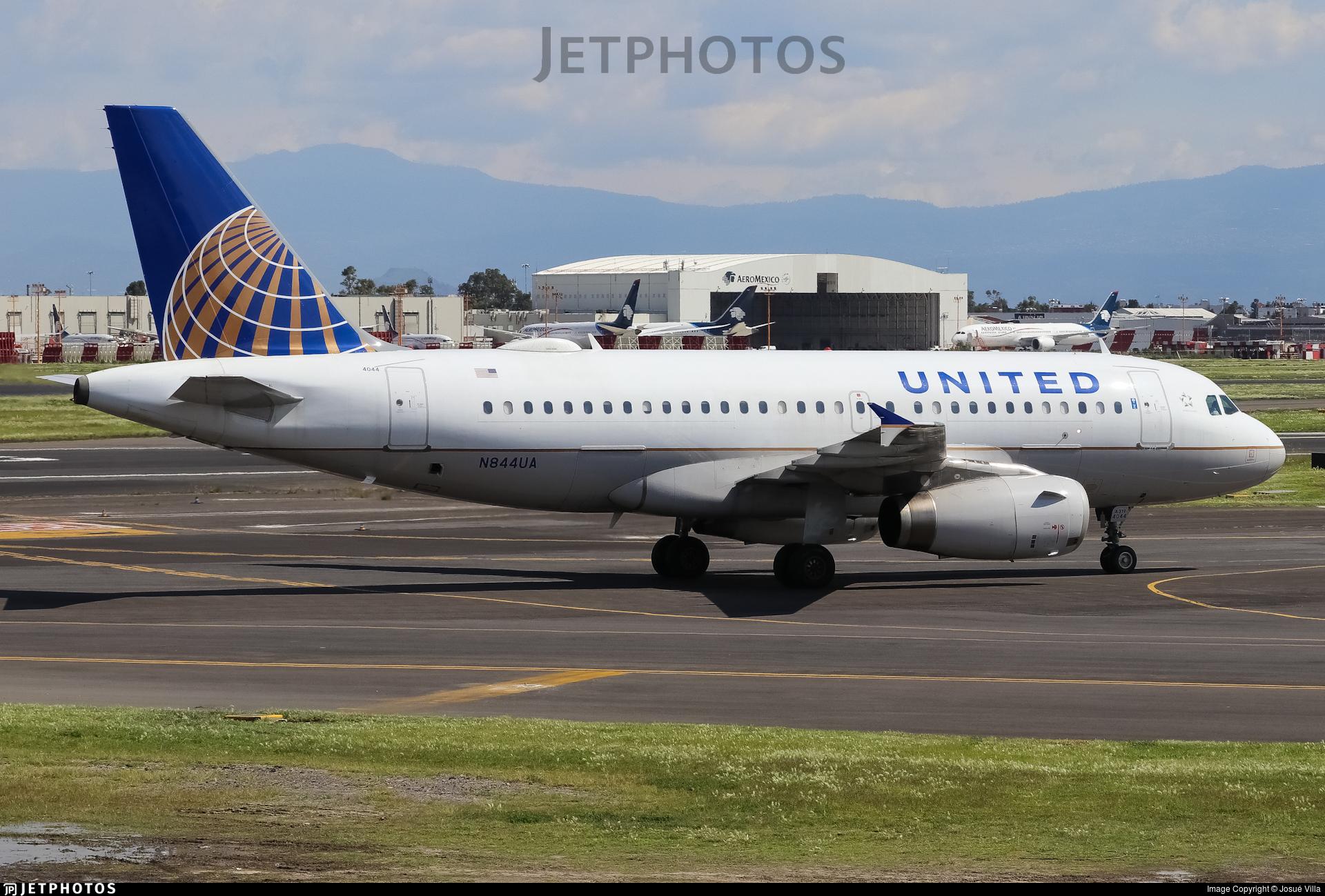 N844UA - Airbus A319-131 - United Airlines