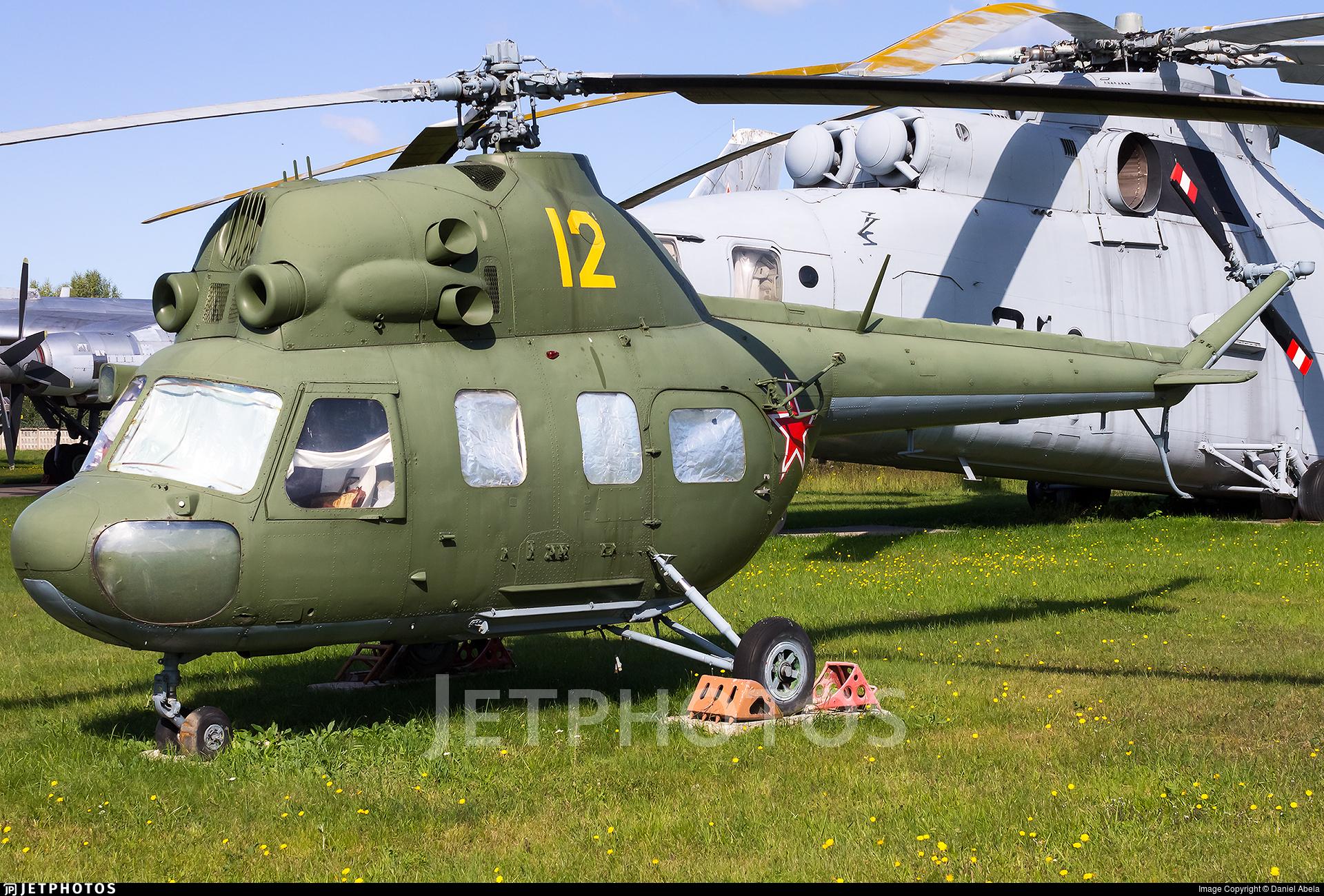 12 - PZL-Swidnik V-2V  - Soviet Union - Air Force