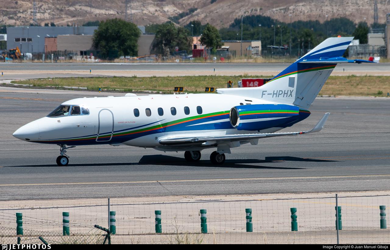 F-HPHX - Hawker Beechcraft 900XP - VallJet