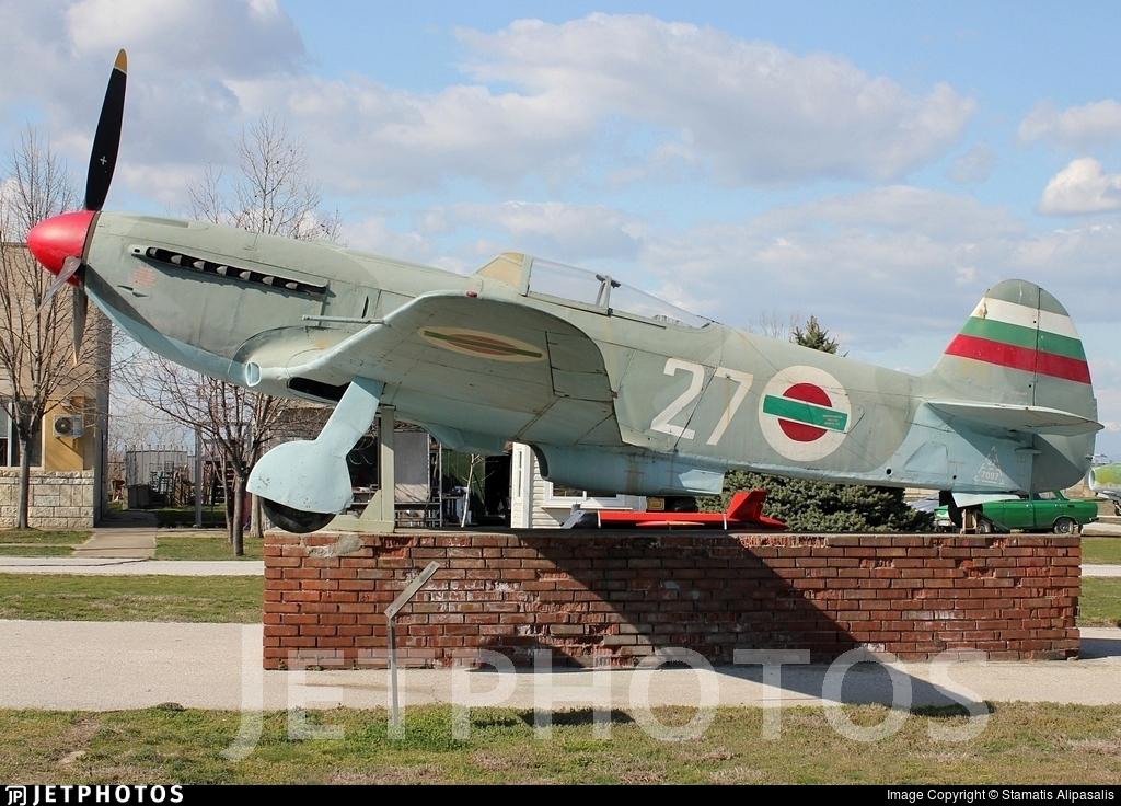 27 - Yakovlev Yak-9U-M - Bulgaria - Air Force