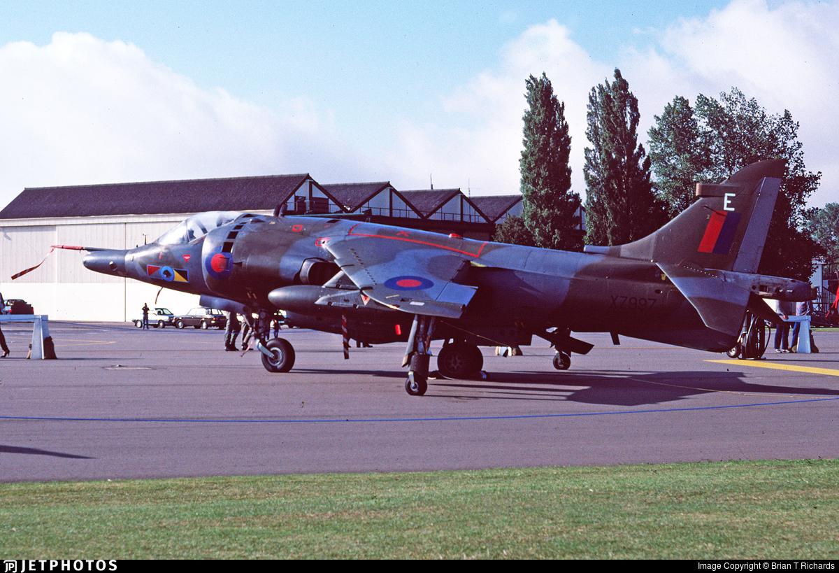 XZ997 - Hawker Siddeley Harrier GR.3 - United Kingdom - Royal Air Force (RAF)