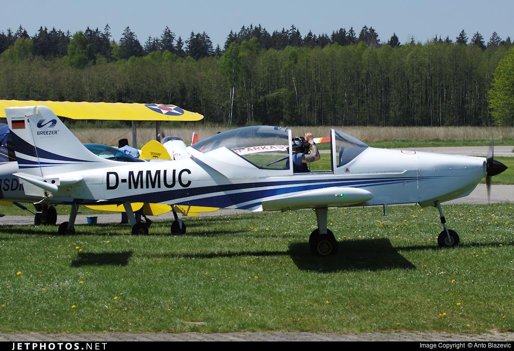 D-MMUC - Breezer B600 - Flugschule Jesenwang