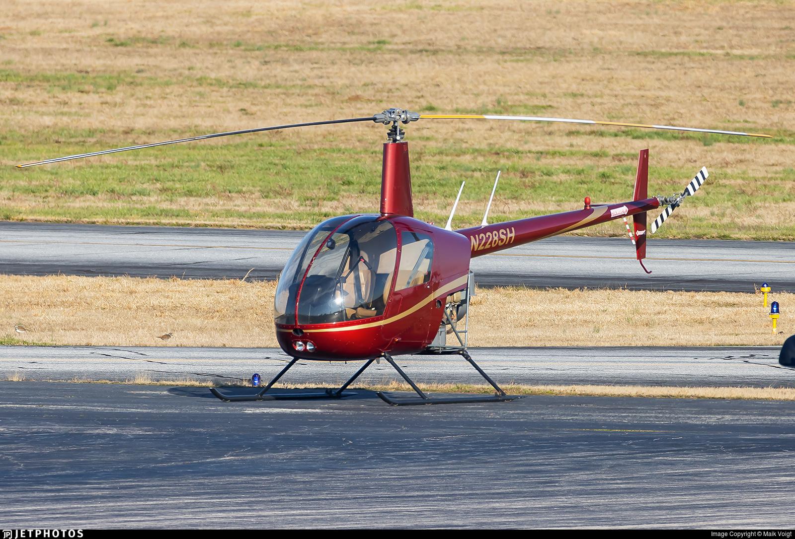 N228SH - Robinson R22 Beta - Private