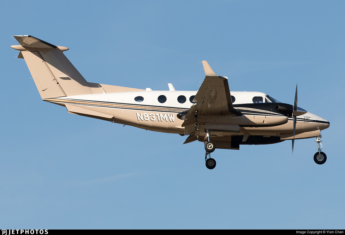 N831MW - Beechcraft B200 Super King Air - Private