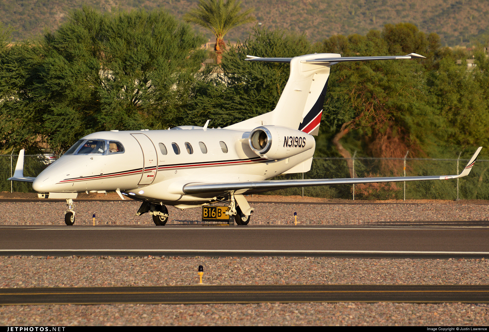 N319QS - Embraer 505 Phenom 300 - NetJets Aviation