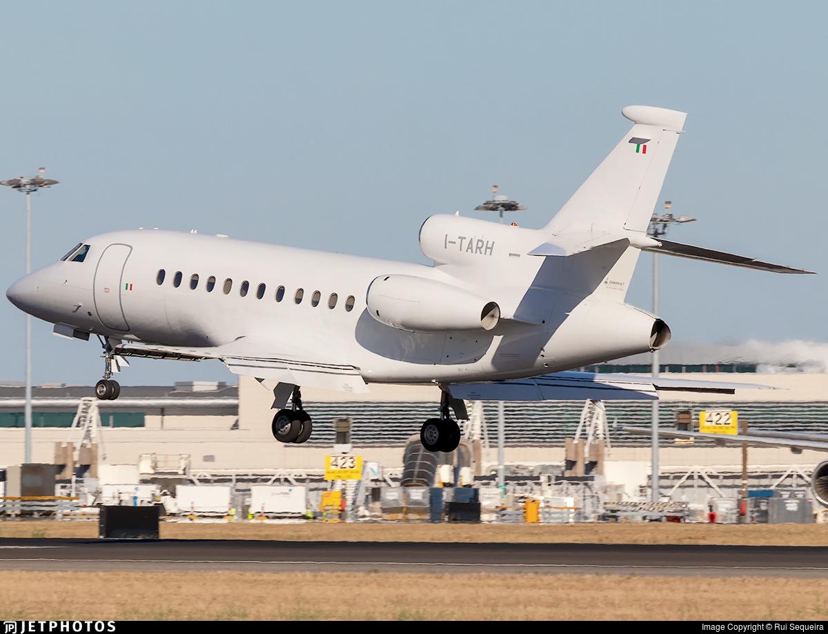 I-TARH | Dassault Falcon 900 | Compagnia Aeronautica Italiana (CAI ...