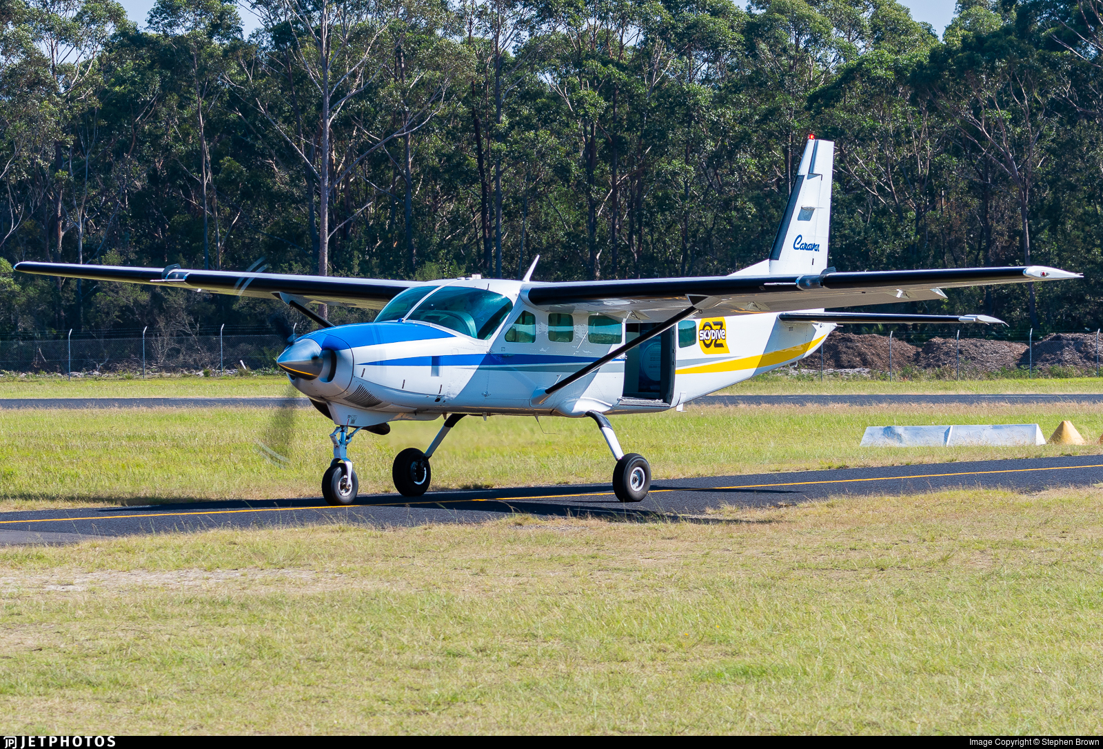 VH-OZQ - Cessna 208 Caravan - Private
