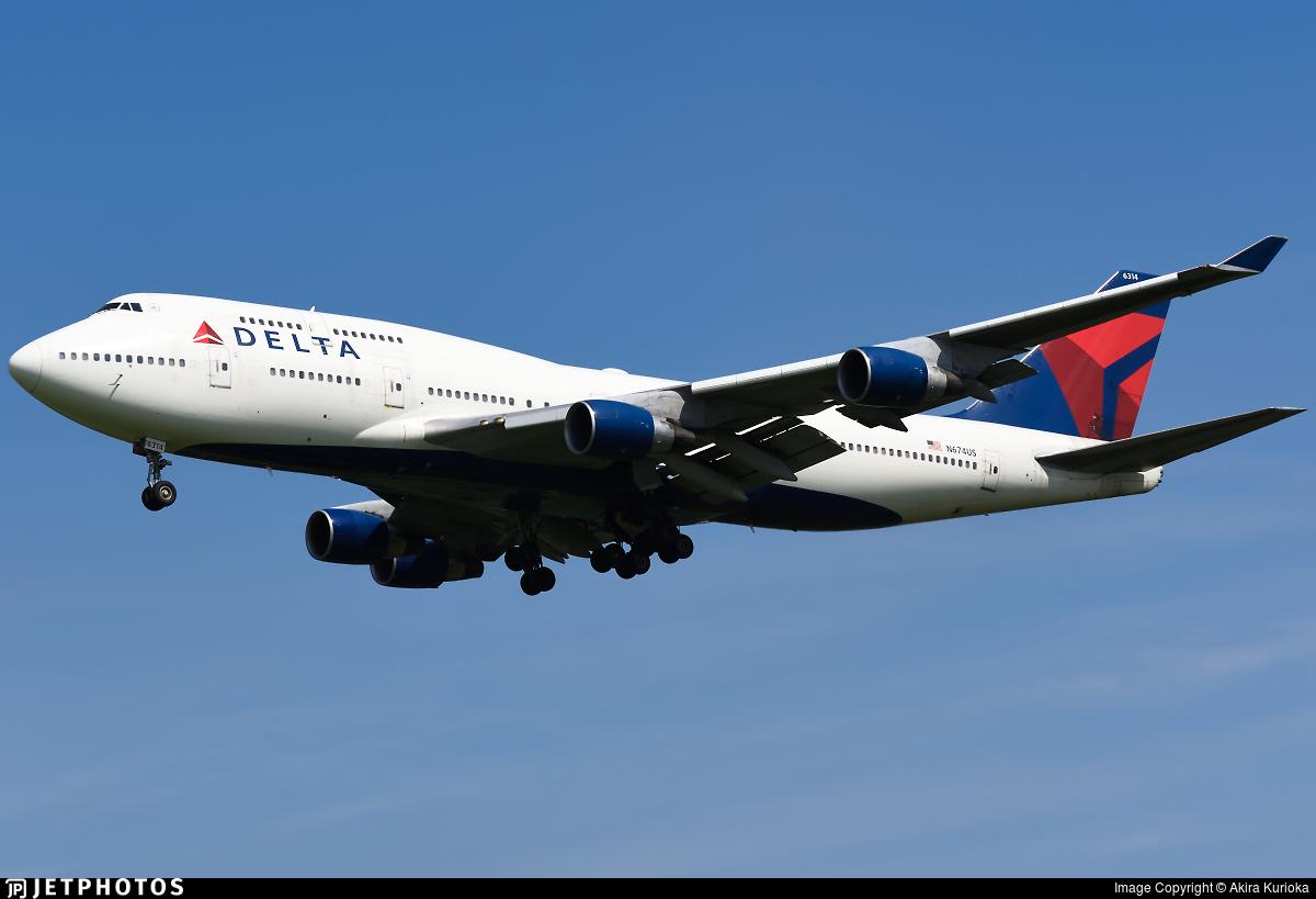 N674US - Boeing 747-451 - Delta Air Lines