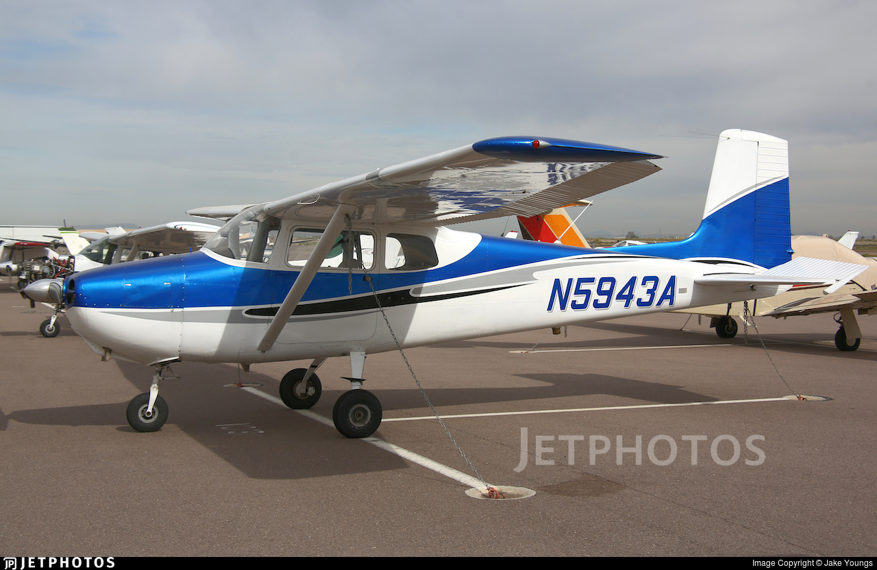 N5943A - Cessna 172 Skyhawk - Private