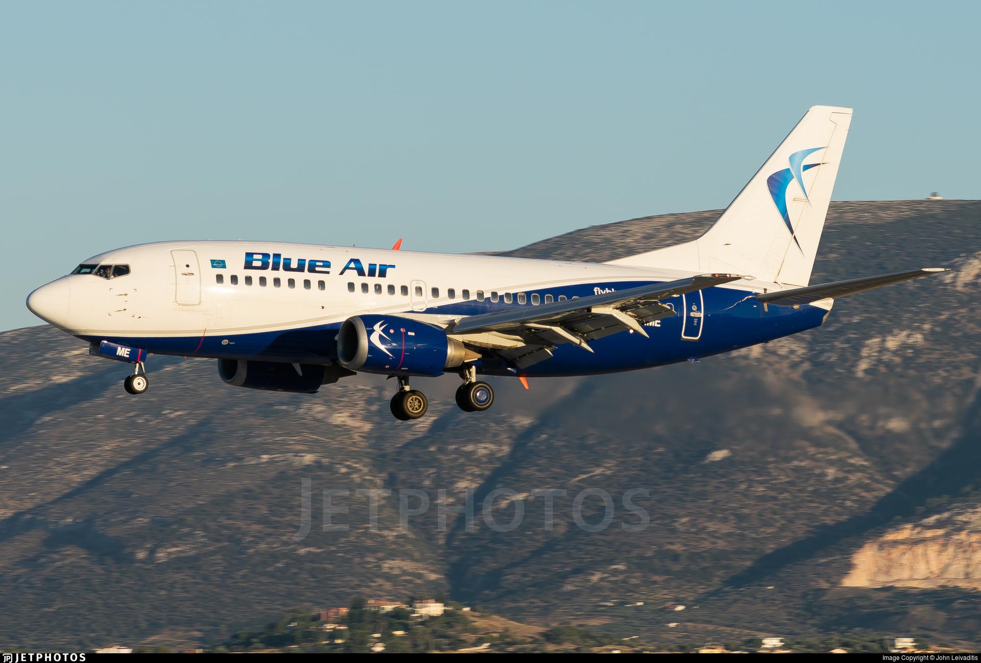YR-AME - Boeing 737-530 - Blue Air