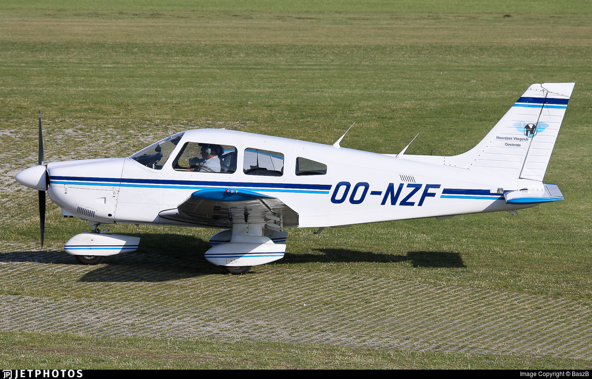 OO-NZF - Piper PA-28-181 Archer II - Noordzee Vliegclub