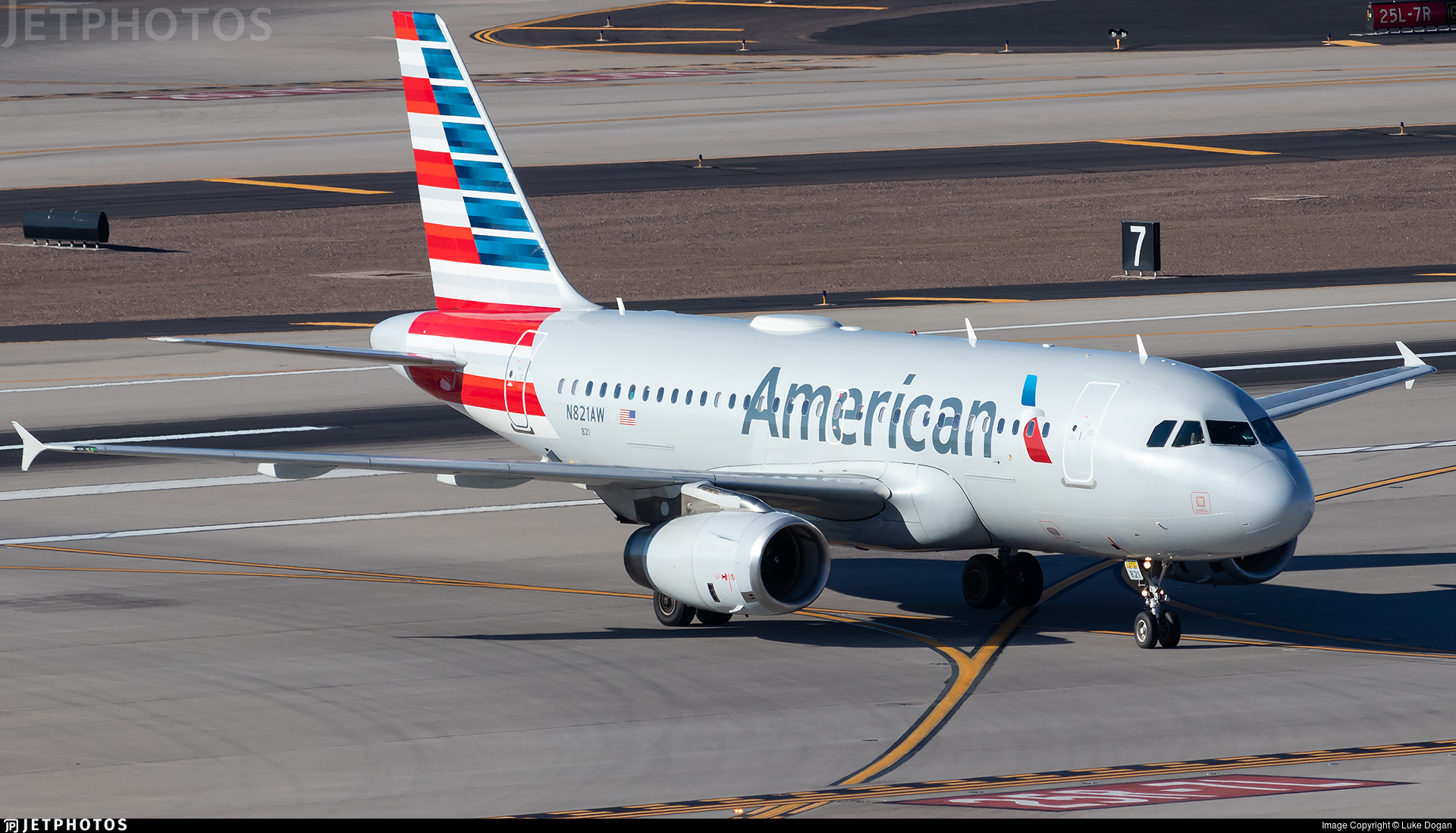 N831aw Airbus A319 132 American Airlines Luke Dogan