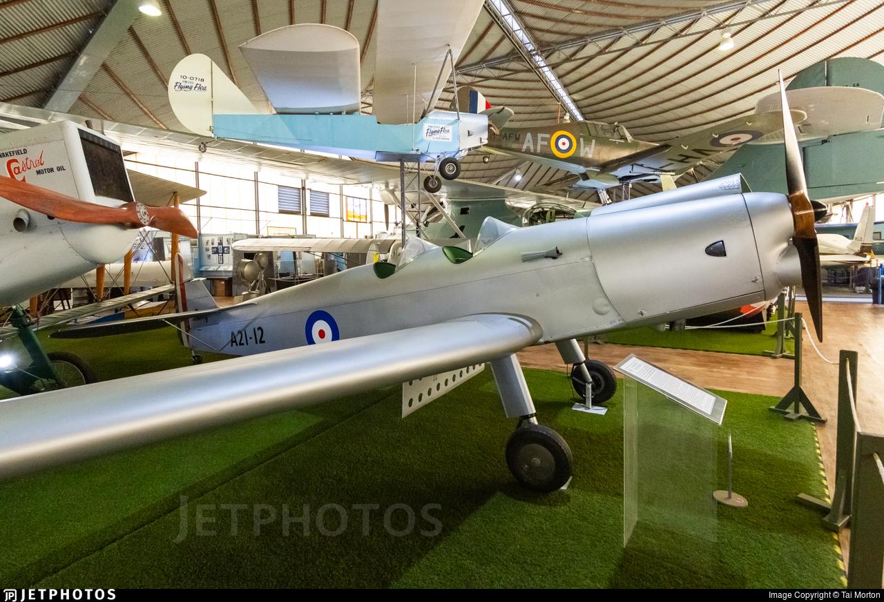 A21-12 - De Havilland DH-94 Moth Minor - Private