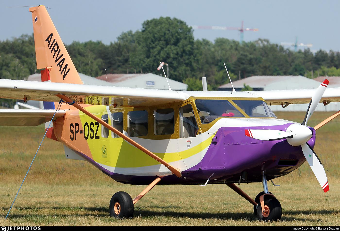 SP-OSZ - Gippsland GA-8-TC320 Airvan - Private