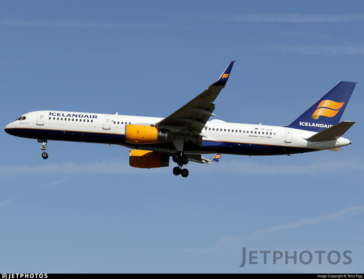 TF-LLX - Boeing 757-256 - Icelandair