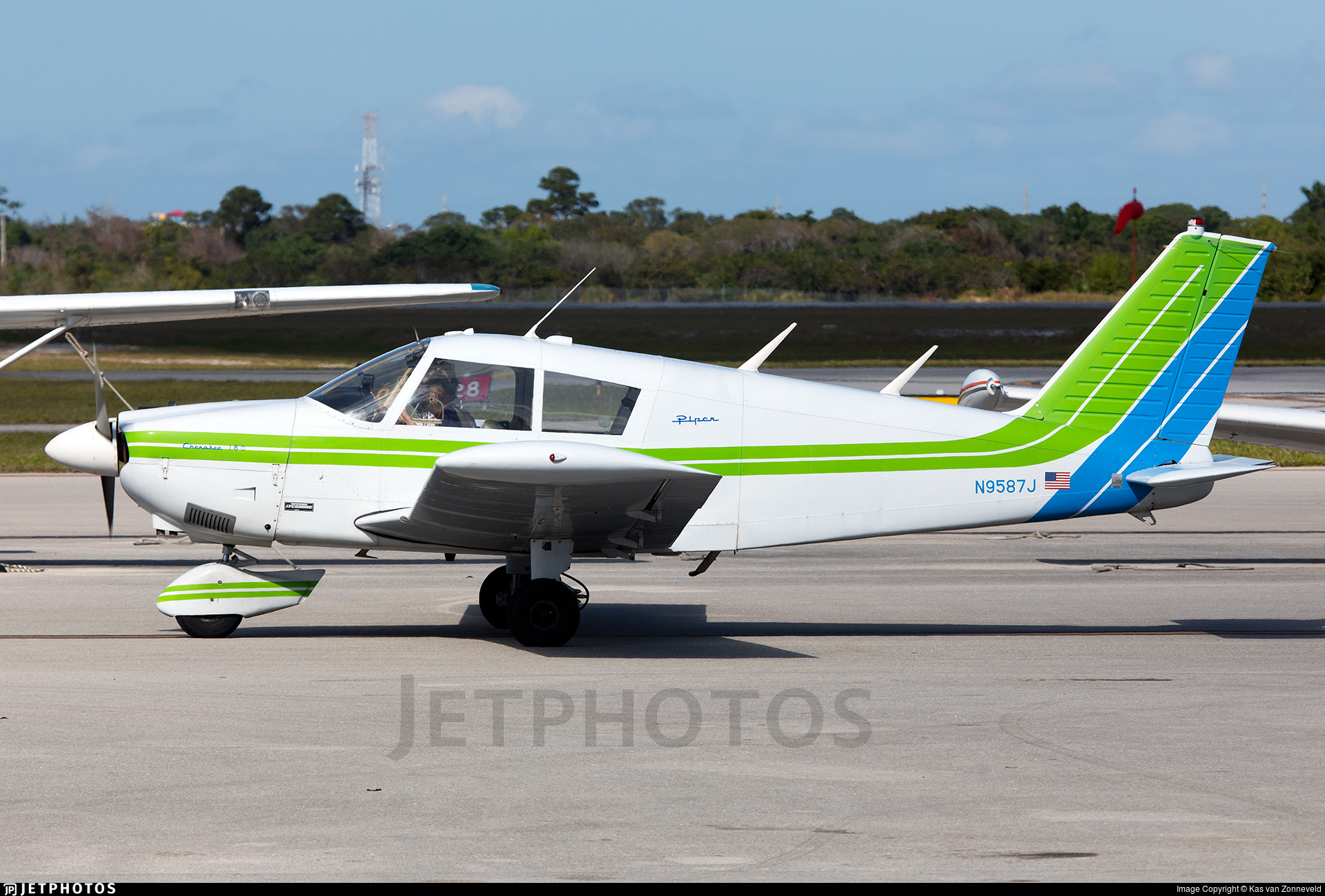 N9587J - Piper PA-28-180 Cherokee - Private