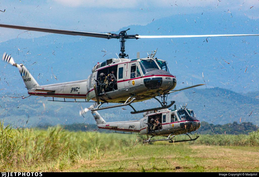 PNC450 - Bell UH-1H Huey II - PNC Policia Nacional Civil