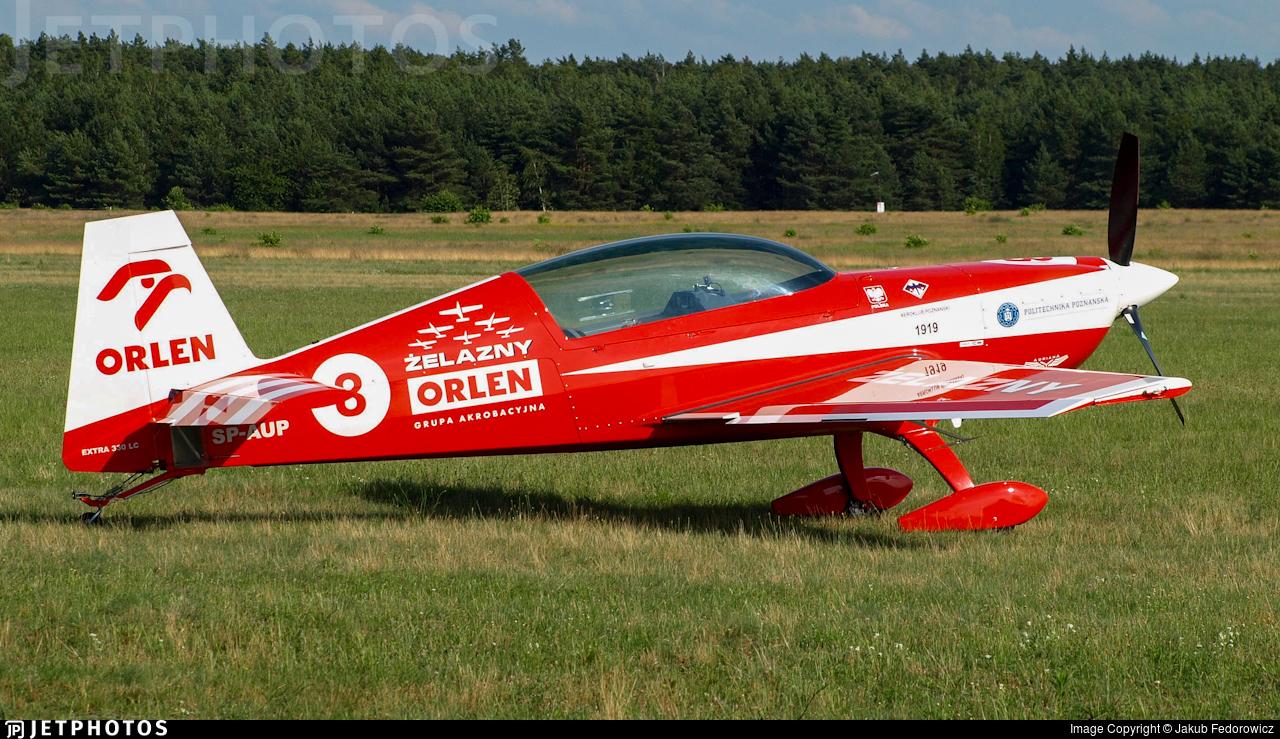 SP-AUP - Extra 330LC - Zelazny Aerobatic Team