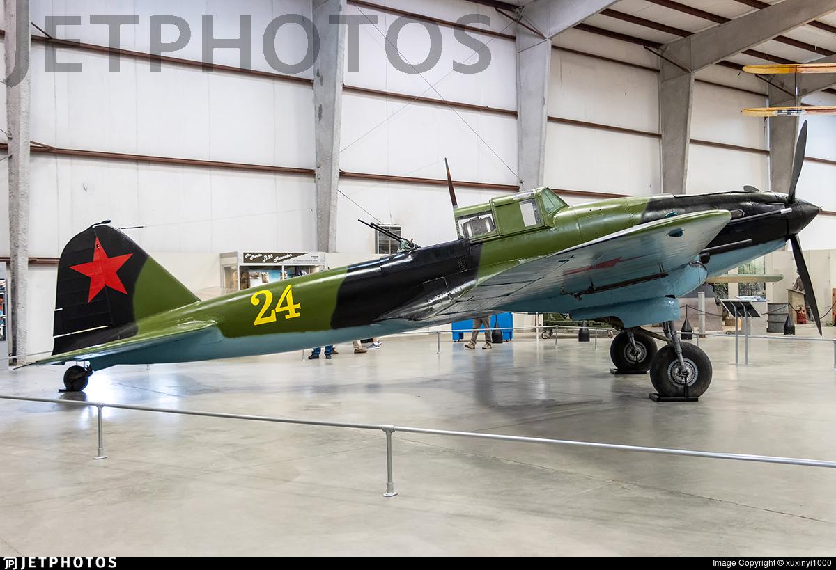 24 - Ilyushin Il-2m3 - Soviet Union - Navy