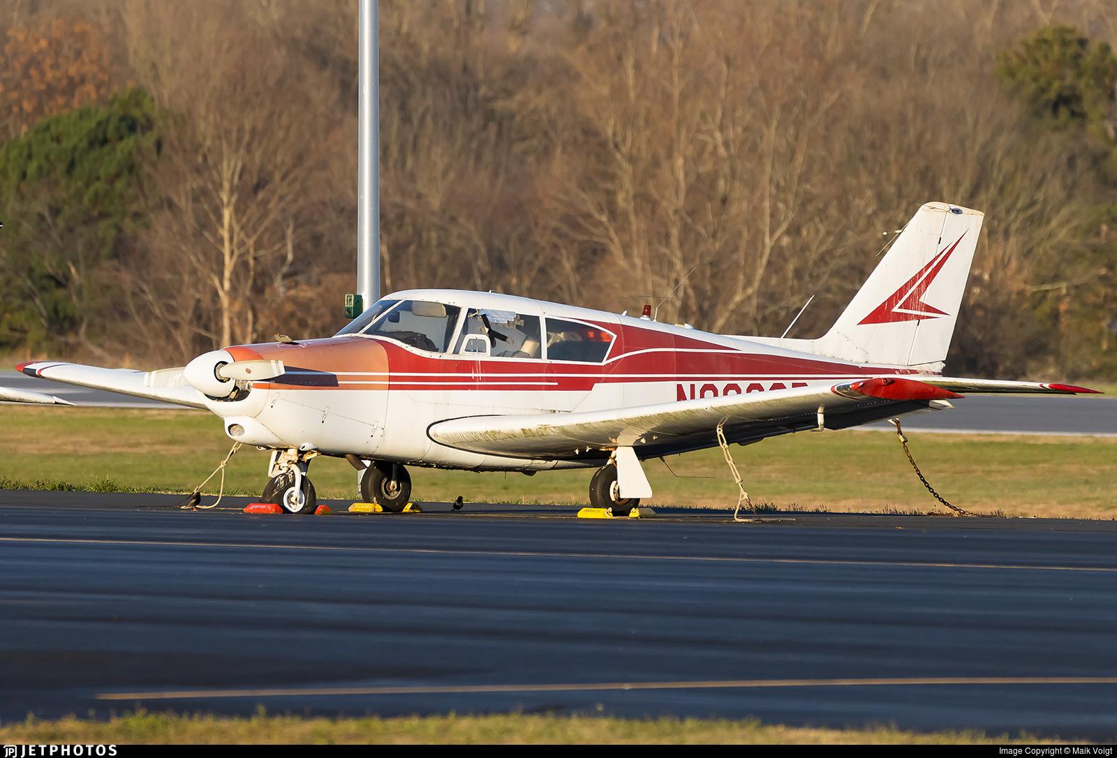 N8232P - Piper PA-24-250 Comanche - Private