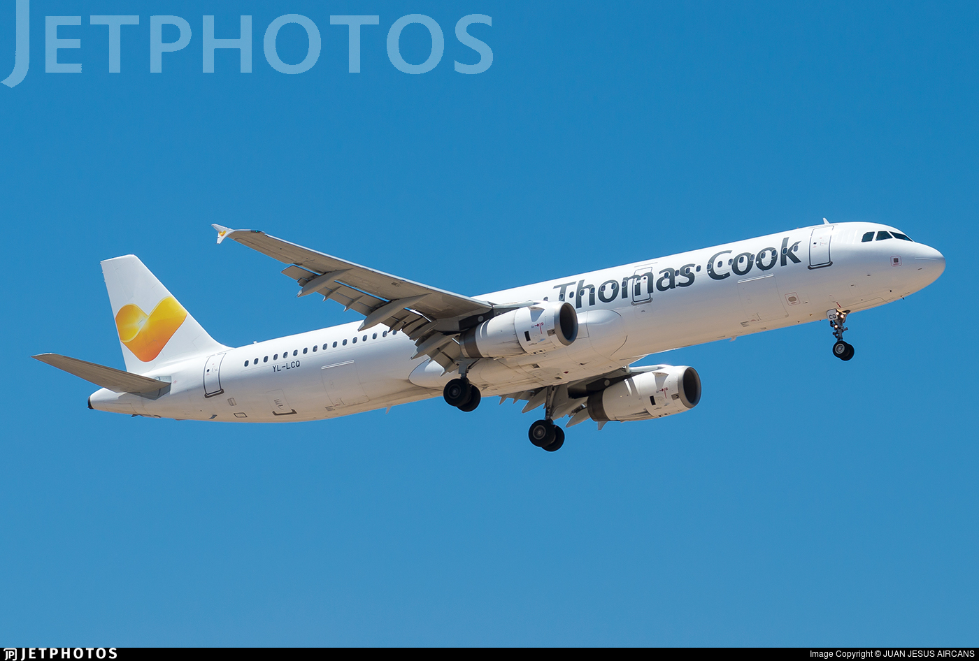 YL-LCQ   Airbus A321-231   Thomas Cook Airlines (SmartLynx ...