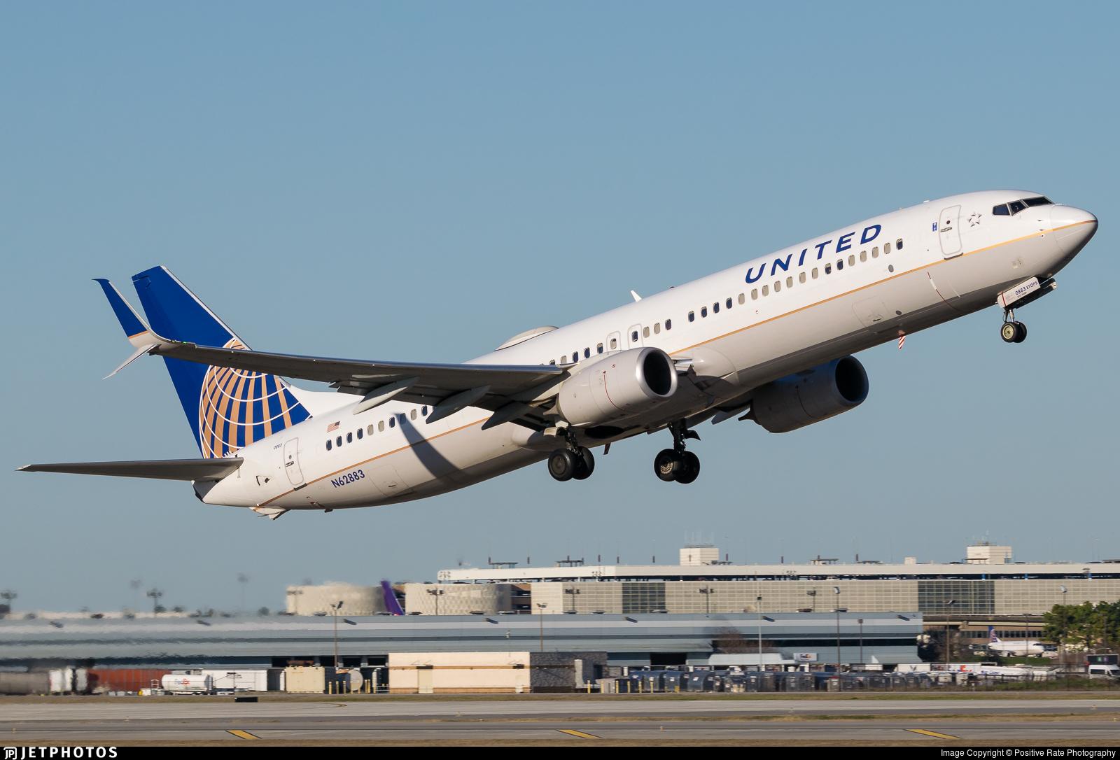 N62883 - Boeing 737-924ER - United Airlines