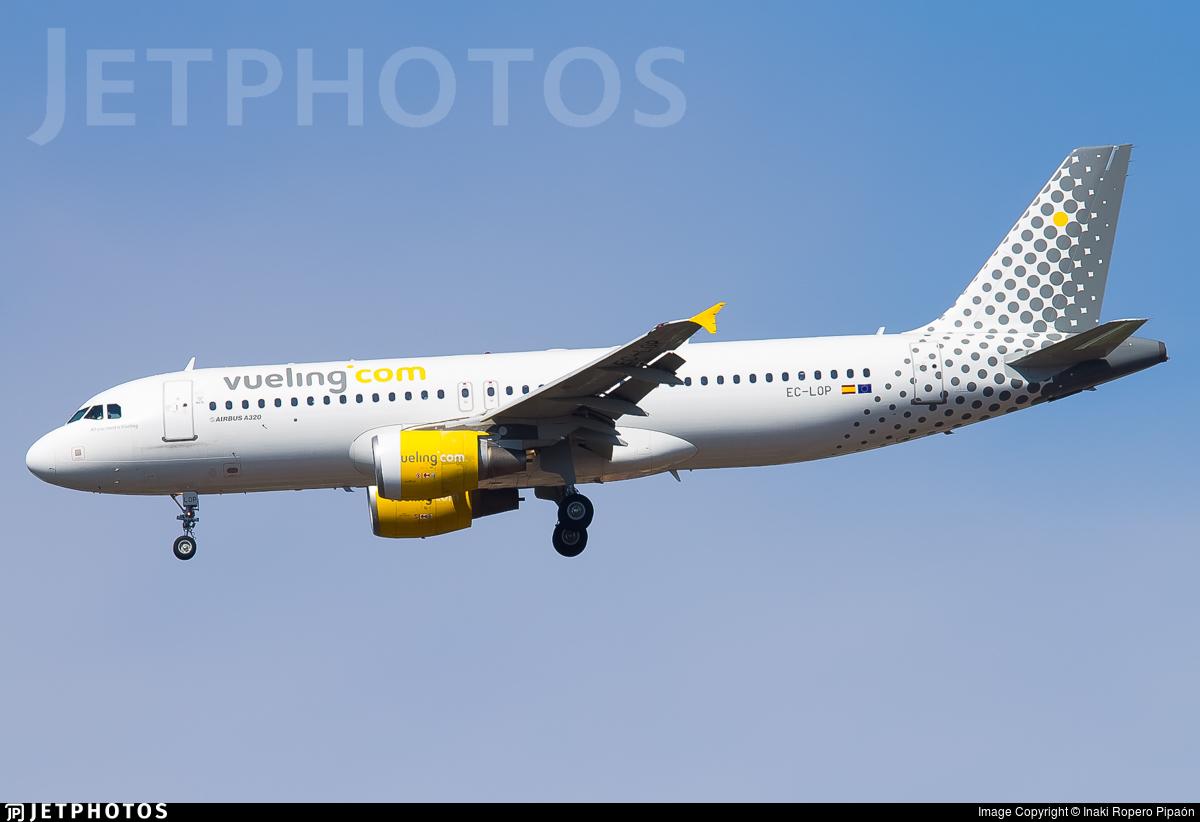 EC-LOP - Airbus A320-214 - Vueling
